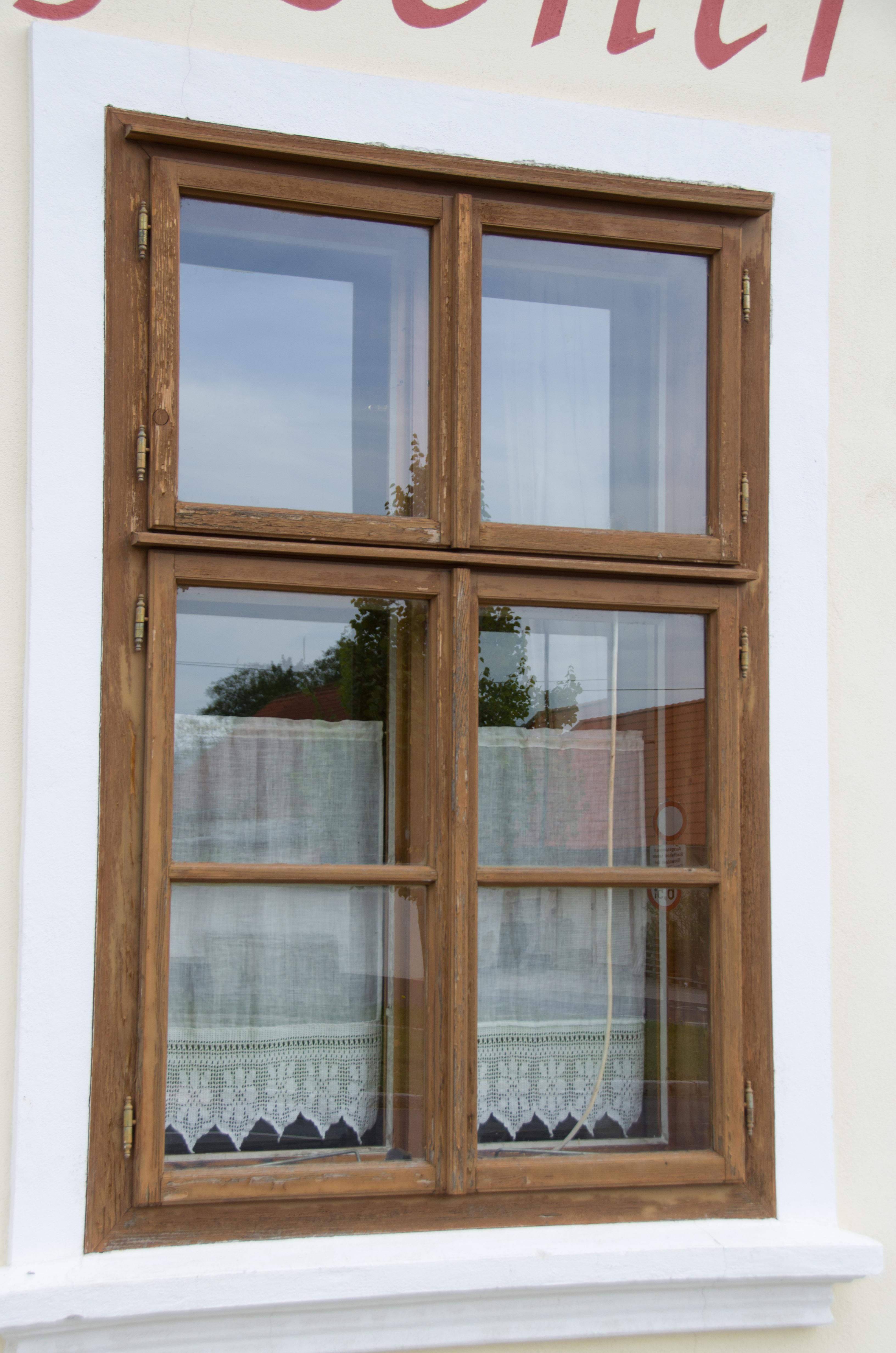 Fenster außen  Lohnt es sich, Fenster online zu kaufen?